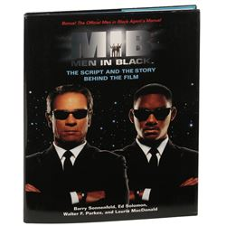 Men in Black: The script & story behind the film (29) hardcover books with 26-signed.