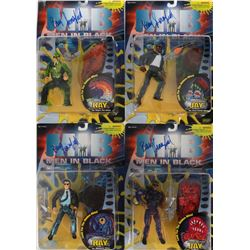 Men in Black and MIB II large lot of (40) action figures, trading cards & more.