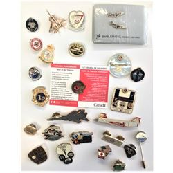 Collection of pin-backs/lapel pins - quantity of 25