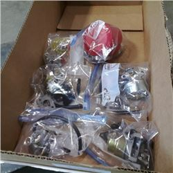 BOX OF SMALL ENGINE CARBORATORS AND PRIME BULB