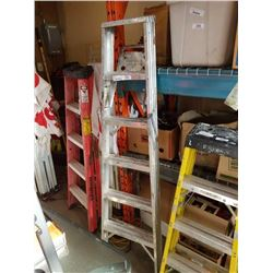 6 FOOT ALUMINUM A FRAME LADDER