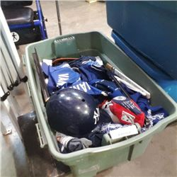 TOTE OF CANUCKS AND OTHER COLLECTIBLE