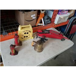 EXTENTION CORD REEL, BRASS TORCH LAMP, HYDRAULIC TROLLEY JACK