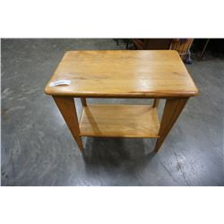 VINTAGE WOODEN 2 TIER END TABLE