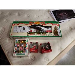 LOT OF VINTAGE CHRISTMAS DECORATIONS AND TRAIN TRACK
