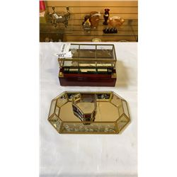 LOT OF GLASS JEWELRY BOXES