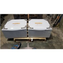 AS NEW PAIR OF 27 INCH LAUNDRY PEDESTALS - WHITE