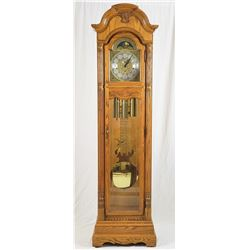 Collectible - Howard Miller Grandfather Clock 610-701