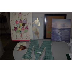 Metal Letter & Pictures