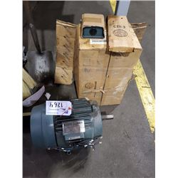 RELIANCE ELECTRIC CALIBRE 1800RPM 3 PHASE ELECTRIC MOTOR MODEL P2164903