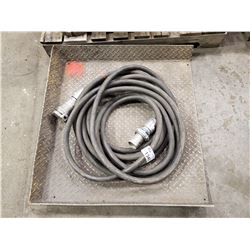 WELDING POWER CABLE AND CHECKER PLATE