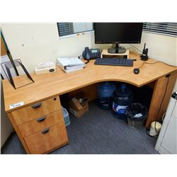 CORNER DESK UNIT(CONTENTS ON TOP, AND UNDER NOT INCLUDED)