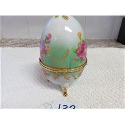Porcelain egg - Neudorf