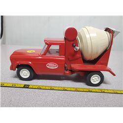 1960's Tonka Jeep cement mixer