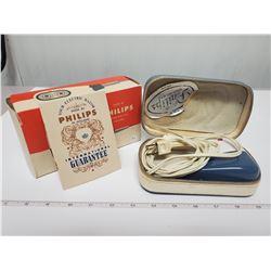 Philips Made in Holland razor w/ original case & box