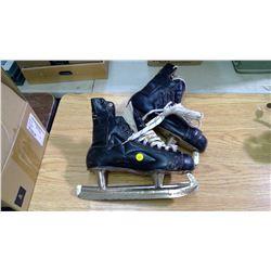 Size 9.5 Vintage Skates