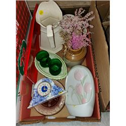 BOX OF CERAMICS (VASE, PITCHER, ASHTRAY, ETC)