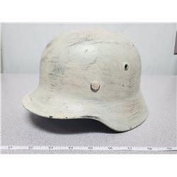 WW2 German M40 helmet Q62 - repainted, 1943 liner band