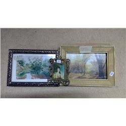 Lot of Picture Frames - 3