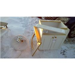 """Vanity and Sink, w/Taps (Top Piece: 25""""x22"""", Height: 30.5"""")"""