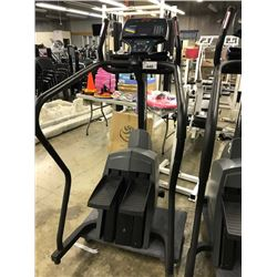 LIFE FITNESS 9500HR ISO TRACK CLIMBING SYSTEM