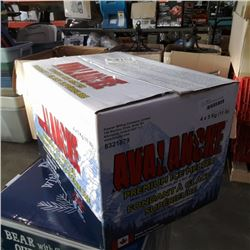 Case of avalanche premium ice melter