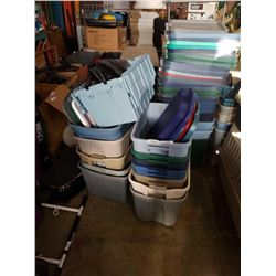 LOT OF TOTES
