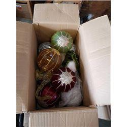 BOX O FLARGE CHRISTMAS BALL ORNAMENTS