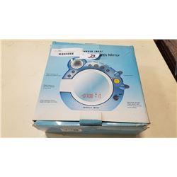 CD SHOWER RADIO W/ MIRROR IN BOX