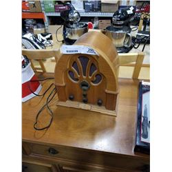 WOOD THOMAS REPRODUCTION RADIO