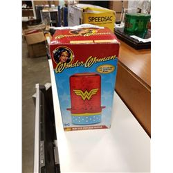 WONDER WOMAN POPCORN MAKER IN BOX