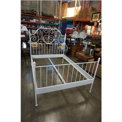 WHITE METAL DOUBLE SIZE BED FRAME