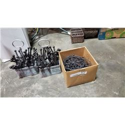 Box of decorative metal stands and décor