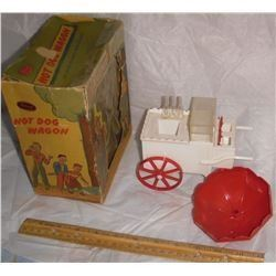 Antique Ideal Toy Hot Dog cart interesting toy for collectors - beau jouet vieux pour Hot Dog