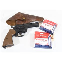 Crosman 177 Pellet Revolver and Accessories