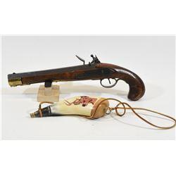 Replica Flintlock Pistol & Powder Horn