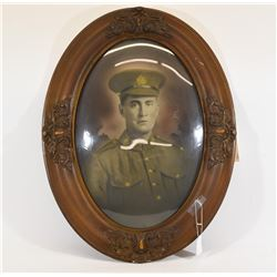 WW1 Canadian Soldier Print in Oval Frame