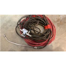 2 AIR HOSES, ATTACHMENT AND WALL MOUNT BRACKET
