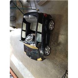 MERCEDES BENZ SUV 6V ELECTRIC RIDEON TOY WITH BATTERY AND CHARGER