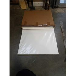 BOX OF 26 X 20 PAPER