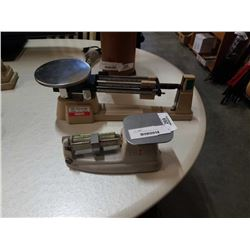 OHAUS AND PITNEY BOWES SCALES