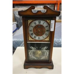 LAVA 31 DAY CLOCK WITH KEY AND PENDULUM