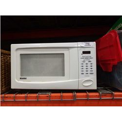KENMORE QUICK TOUCH WHITE MICROWAVE