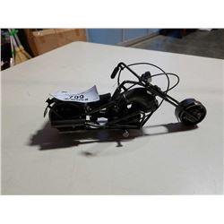 METAL MOTORCYCLE FIGURE