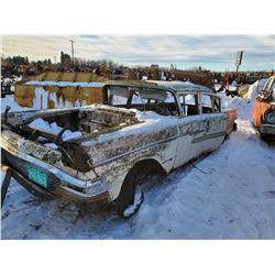 1958 Ford 4 door car, no drive train, 673BK58-166170