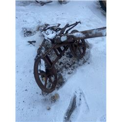 """2x 18"""" Steel Wheels on Axle"""