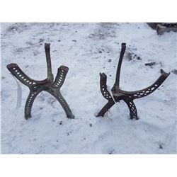 """2 - Cast Stands - 17"""""""