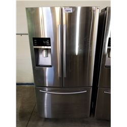 SAMSUNG STAINLESS STEEL FRENCH DOOR FRIDGE WITH ICE AND WATER MODEL #RF28HFEDBSR/AA