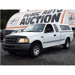 A6 --  1998 FORD F250 EXT CAB , White , 229259  KM's