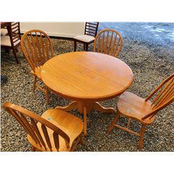 167 - Oak table